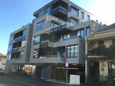 Ev Apartments